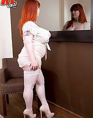 fat plumper Roxanne-Miller milf redhead in white tightsX Natural tits Scoreland LGirls