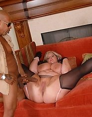 Horny blonde slut doing a kinky mature lesbian