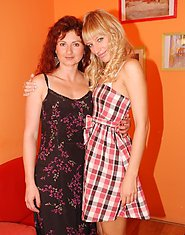 Mature Vicky loves to get naughty with babe Blanka