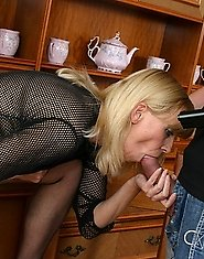Fat mature nurse Radka with speculum in her pussy