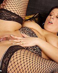Kinky mature lady loves garter belts and fucking