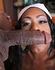 Watch the chocolatey Mz.Diva get fucked!