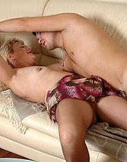 Nasty mature babe in soft hose can?t miss the opportunity to get rocky rod