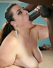 BBW Mynnxx black cock lover is in need of some black cock inside her wet moist pussy