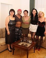 Kinky mature sexparty gets wicked and wild