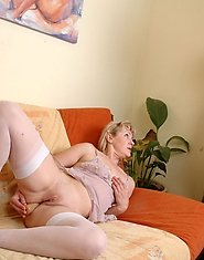 White-stockinged mom stuffing her ass craving for a boner of a muscle stud
