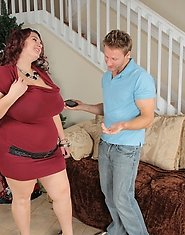 Charlie Cooper is the type of BBW you dream of. This fabulous BBW fits every lovers taste, big breasts, bulging belly what else could you want from a