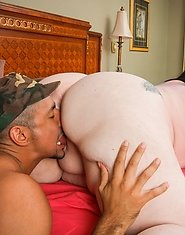 JB just finished his tour with the army so his girlfriend, Glory Foxxx, got him a big wet welcome home gift, a perfectly round booty and a great pair