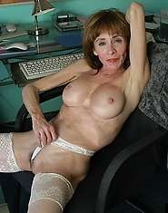 Grannyporn at its best spread pussy and ass for your pleasure
