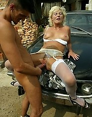 outdoor cunt pounding